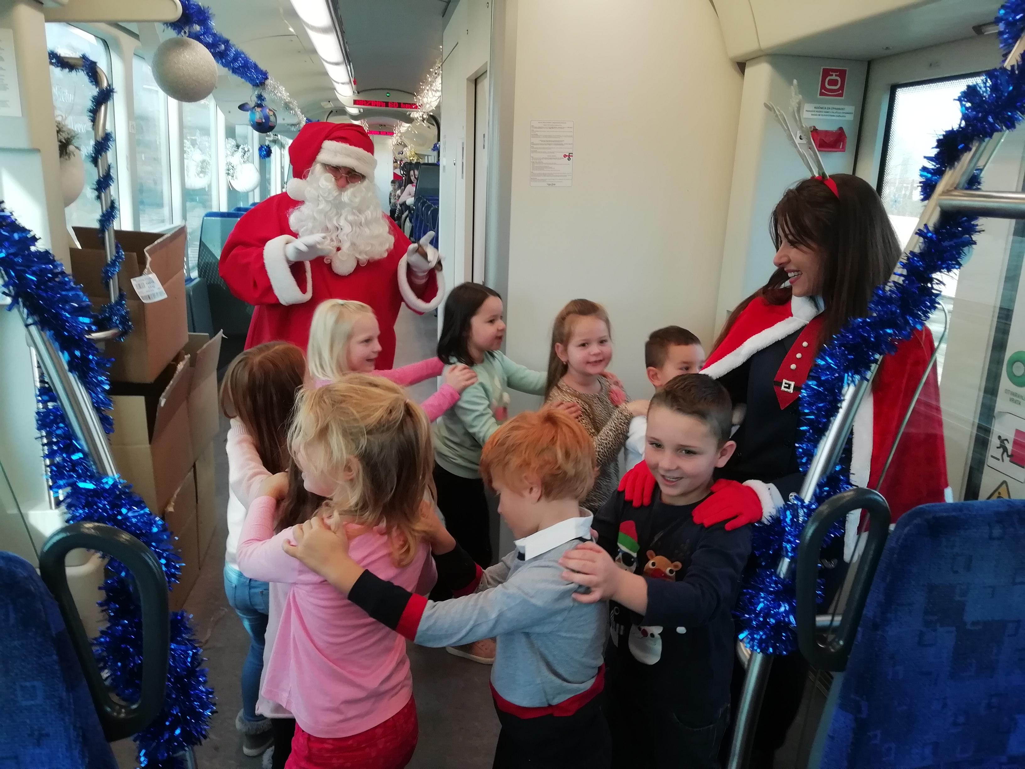 Božićni vlak